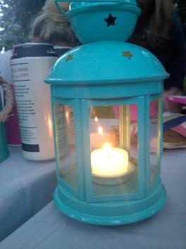Tealight lanterns to adorn the table