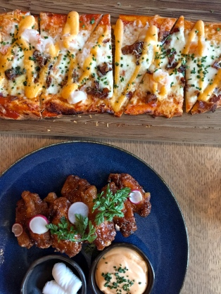 Flatbread and wings