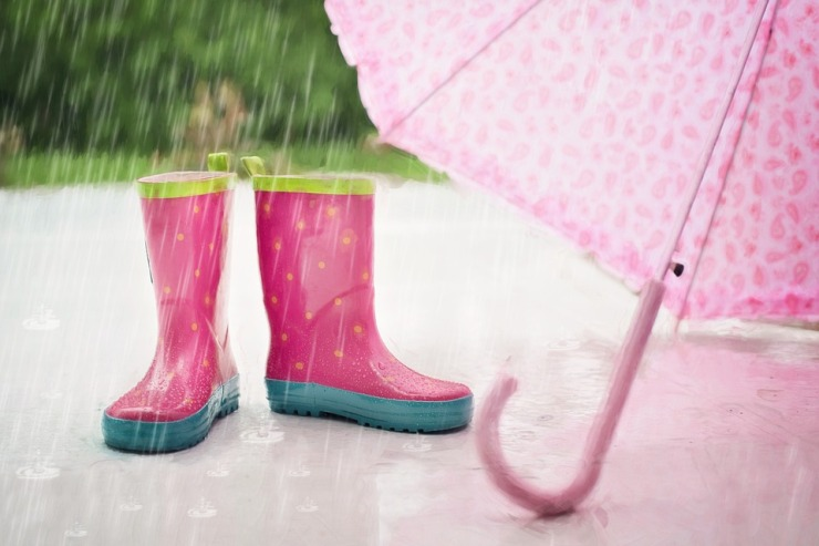 Rainboots, umbrella